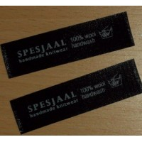 Satijn innaai labels Zwart 60x15 mm